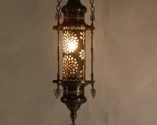 Ottoman-Hanging-Lantern with frame