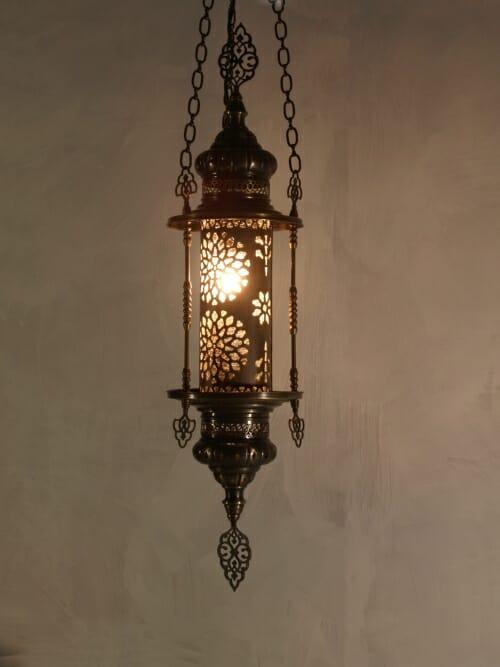 Ottoman-Hanging-Lantern with frame
