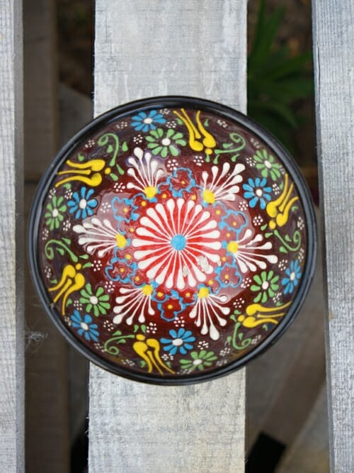 10cm handpainted dipping bowl black to red