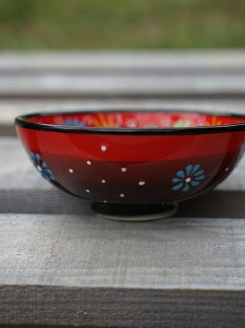 10cm hand painted dipping bowl red to black side