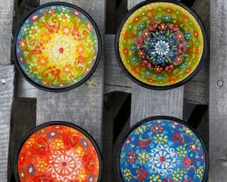 Mixed colours 10cm dipping bowls