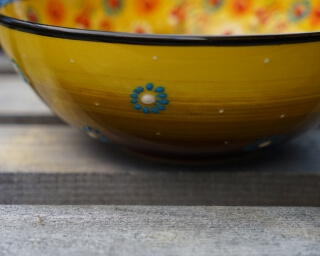 20cm hand painted soup bowl yellow to brown side
