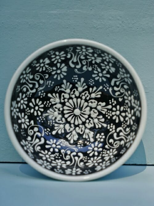 Black 10cm White Lace Hand Painted Ceramic dipping bowls
