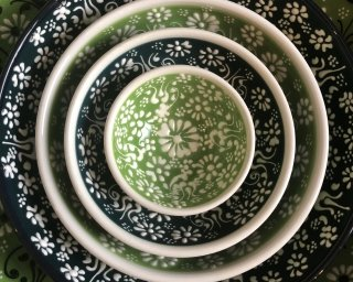 Green white lace hand painted bowls from Turkey